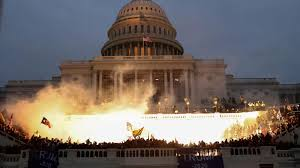 """6.1.2021 – הפריצה לבניין הקפיטול בוושינגטון ארה""""ב – תיעוד שמחייב למידה"""